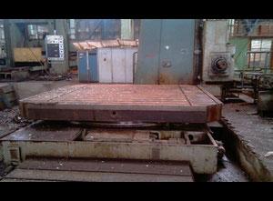 Zemin tipi borverk makinesi Skoda W250H