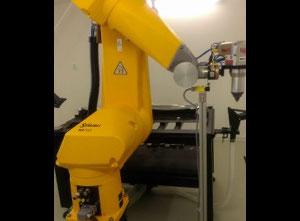 Staubli Fiber laser 600W, 6axis robot RX160 Laserschneidmaschine