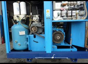 Compresseur à vis lubrifiée Compair L 55 - 7.5