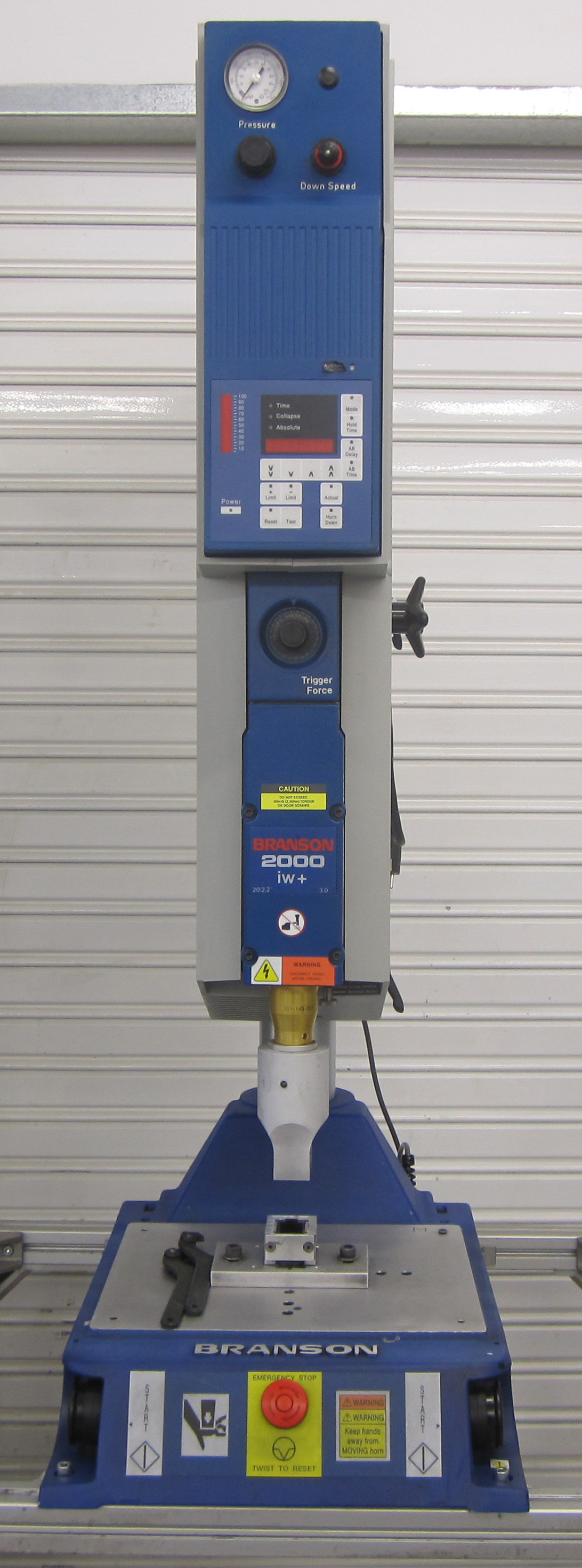 Branson 2000 Iw Plastic Welding Machine By Ultrasound