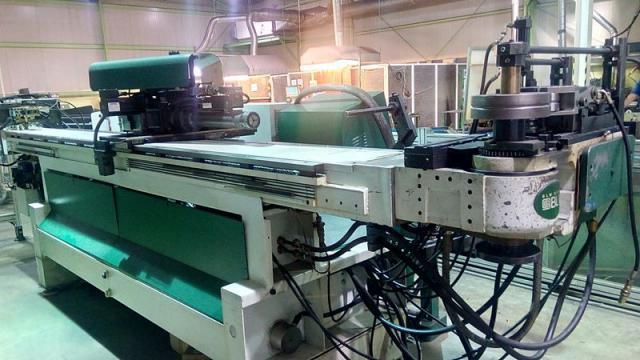 Curvadora de tubo blm dynam 2 rfnc hd maquinas de segunda for Curvadora de tubos segunda mano