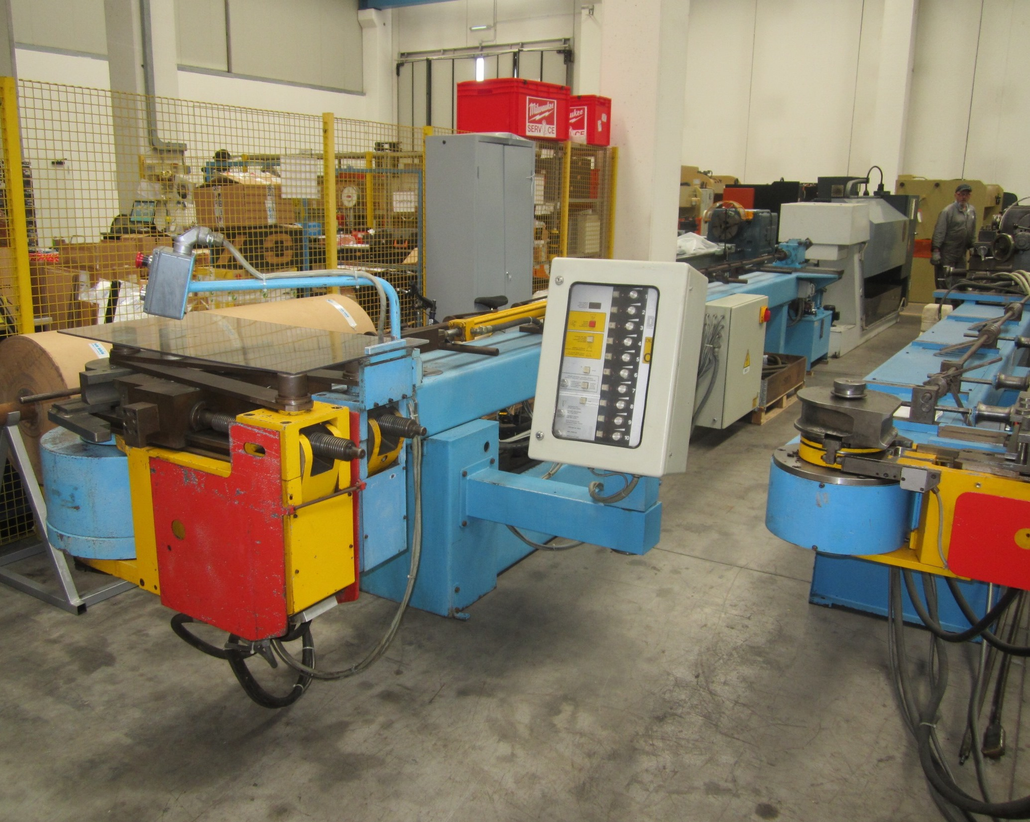 Curvadora de tubo crippa mediolanum 2 90 maquinas de for Curvadora de tubos segunda mano