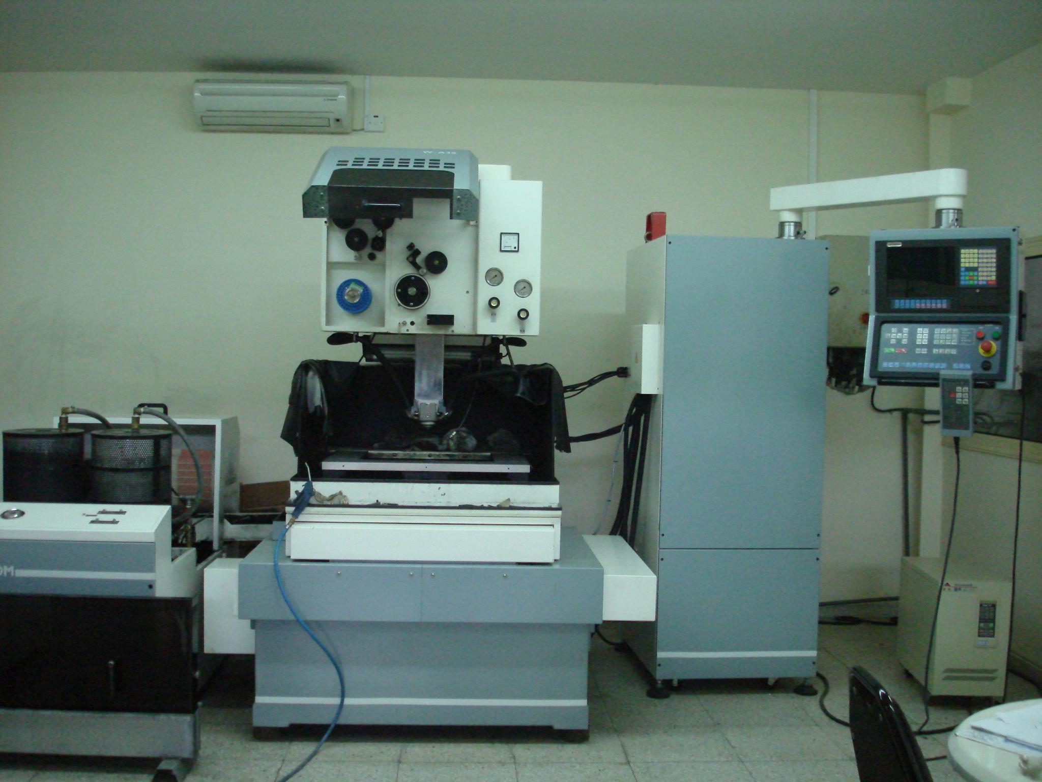Jiann Sheng W-A35 Wire cutting edm machine - Exapro