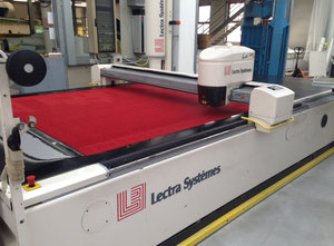 Used Lectra Vector 7000 L Automated cutting machine
