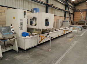 Mecal MC 302 Horizontal milling machine