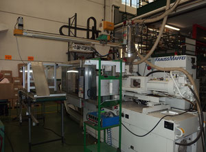 Krauss Maffei KM 110/520 C1 Injection moulding machine