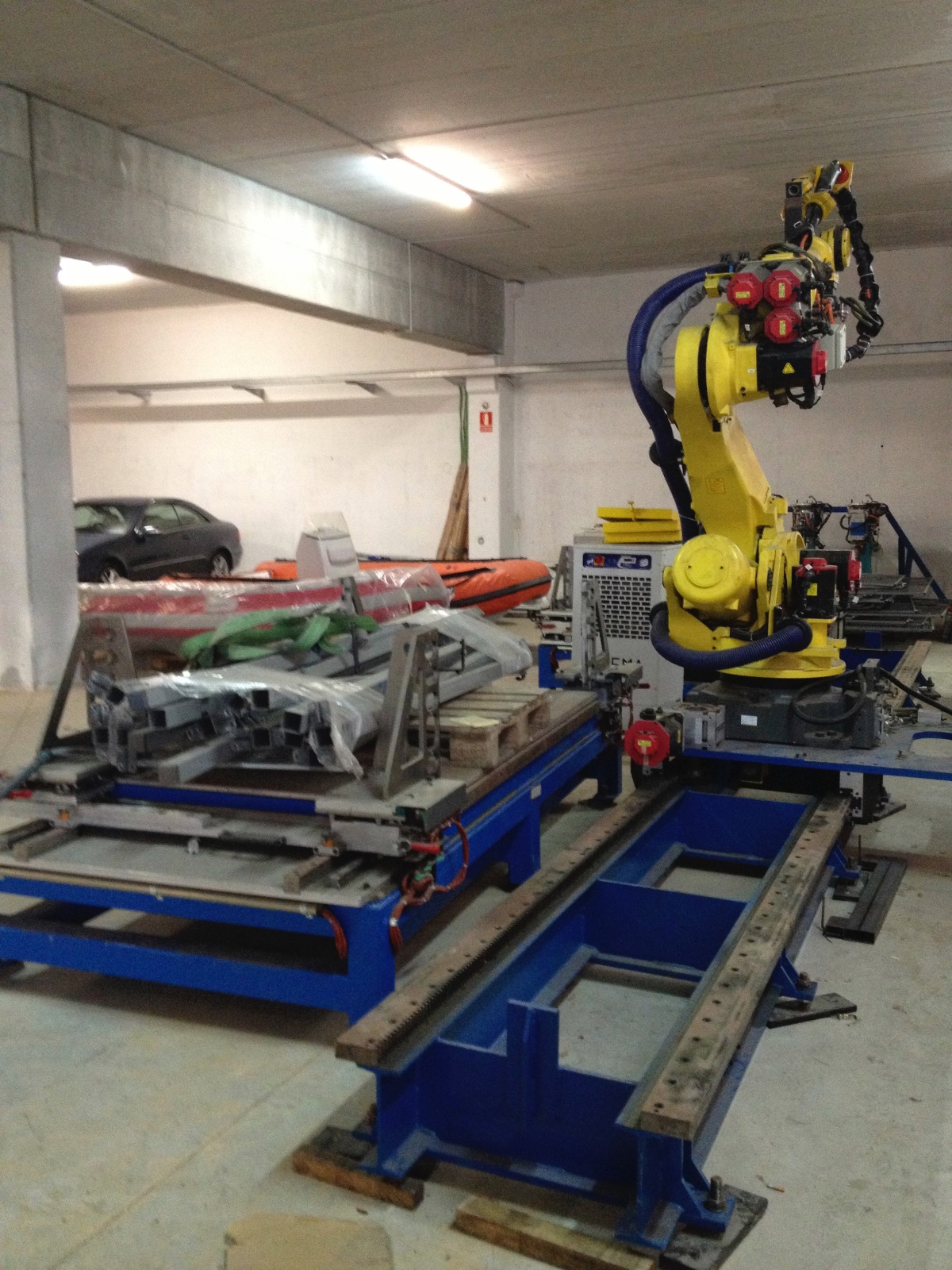 Fanuc R 2000ib Industrial Robot Exapro