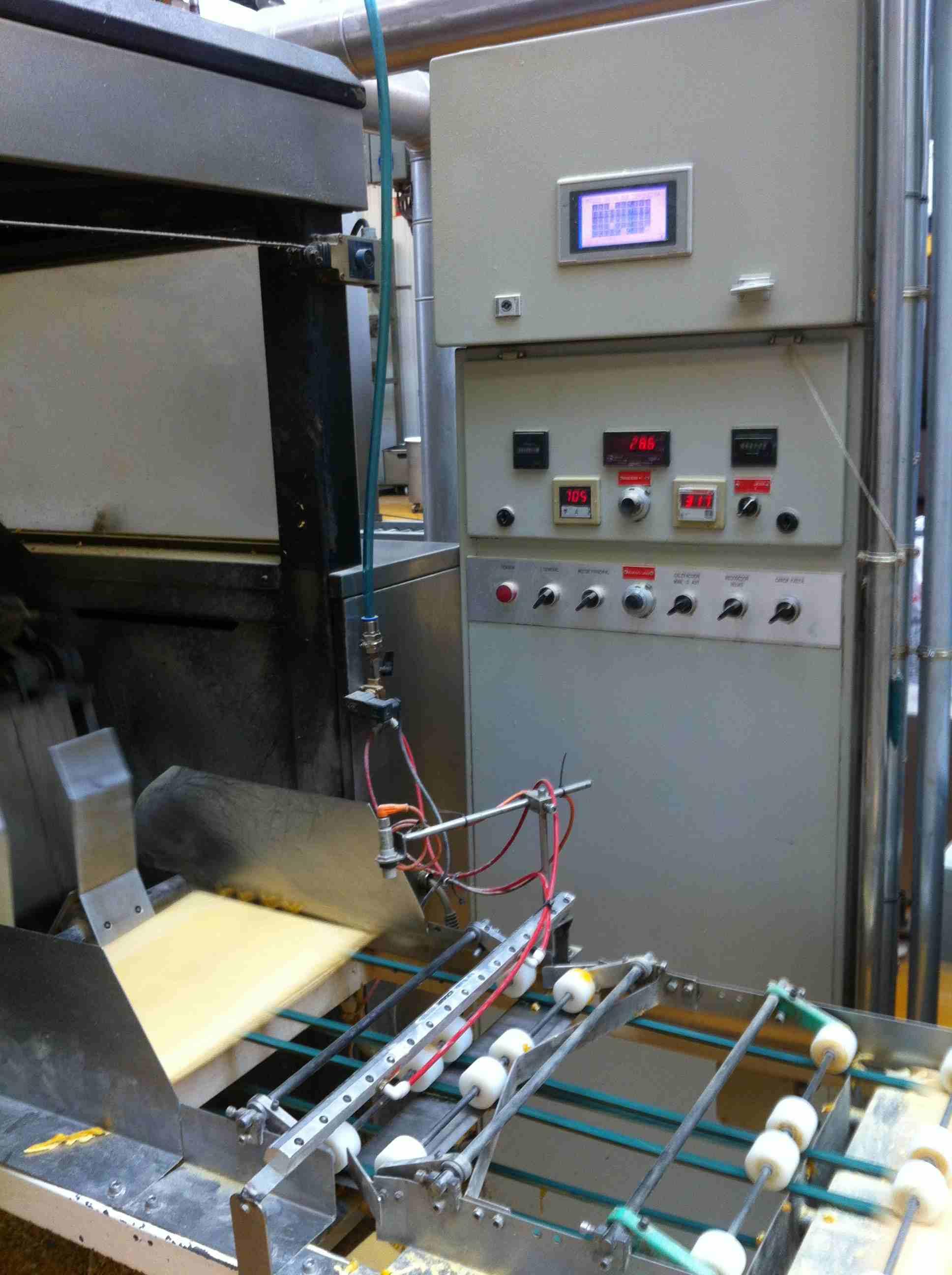 Tunnel de cuisson maquinaria gimenez 50 machines d for Machine de cuisson