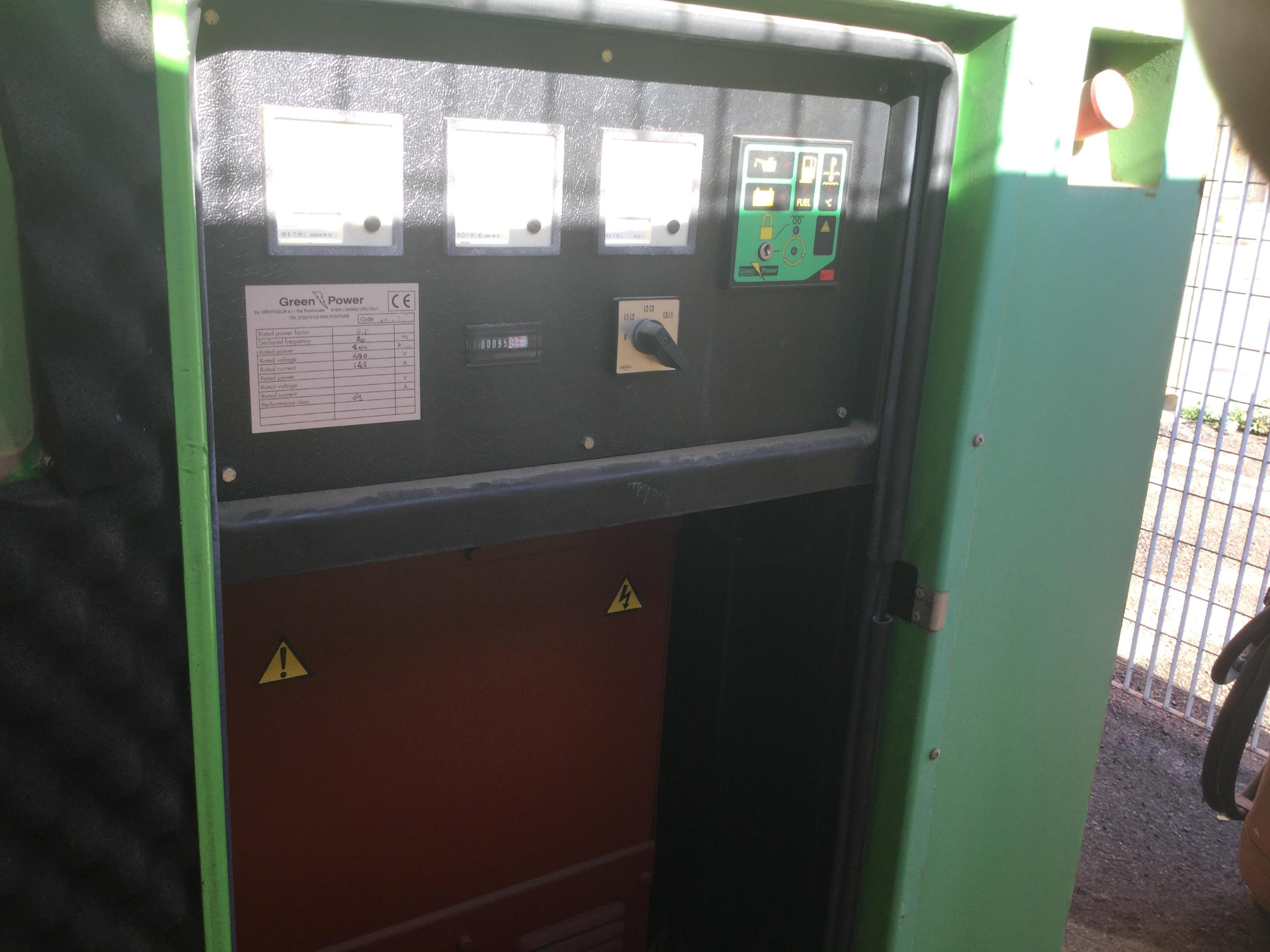 Gruppo elettrogeno green power 100 kw macchinari usati for Gruppi elettrogeni usati 10 kw