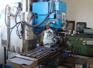 Knuth MH 800 universal milling machine