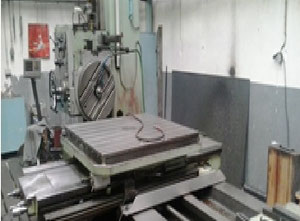 TOS W 100 Table type boring machine