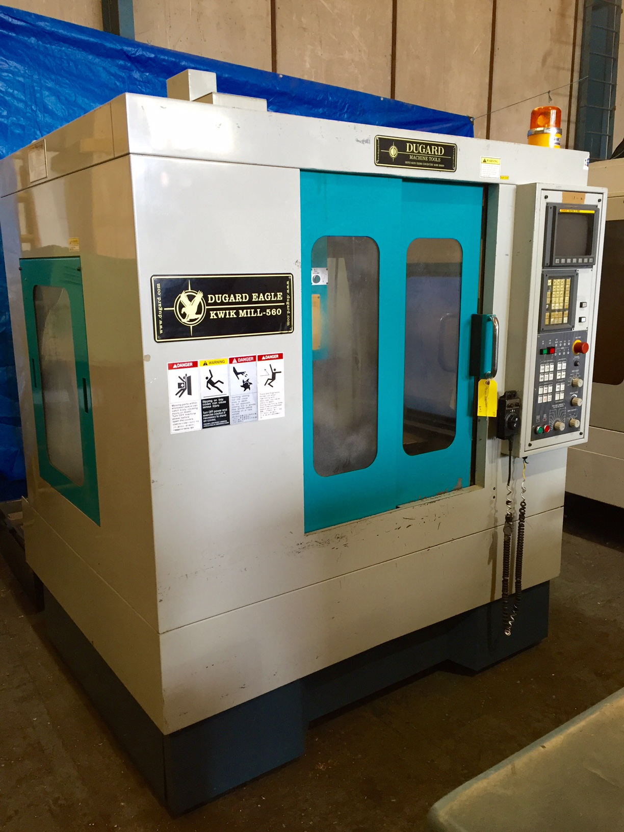 an overview of the vertical mill machining center Vertical machining centers amera seiki fd-1422 cnc bridge type vertical machining center mitsubishi mvr 35 / 5000 cnc vertical 5 face machining bridge mill 6778.
