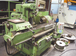 Pfauter RS 9 KD Horizontal gear hobbing manual machine