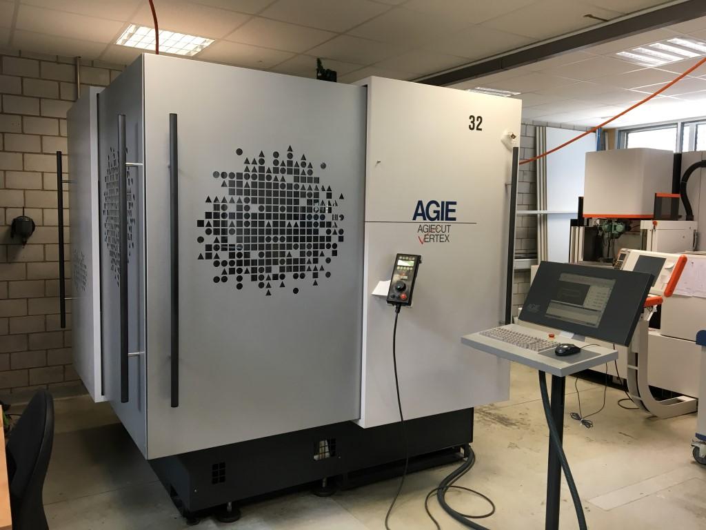 2 X Agie AgieCut Vertex 2 Drahterodiermaschine Gebrauchte Maschinen ...