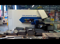 Trumpf TRUMATIC 200R Punching machine / nibbling machine with CNC