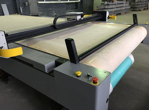 Gerber DCS3500 Automated cutting machine