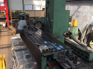 BUTLER ELGAMILL CSN-10 cnc vertical milling machine