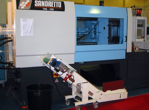 Enjeksiyon kalıplama makinesi Sandretto 790 -190