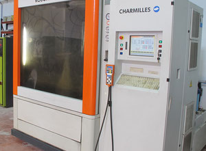 Charmilles Robofil 690 AWT Wire cutting edm machine