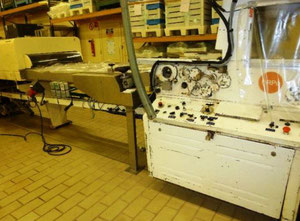 Sollich UT 820 Chocolate production machine - Enrobing line