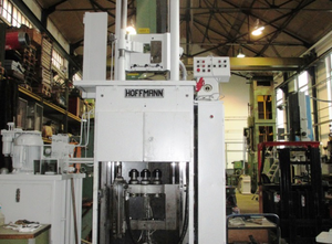 Hoffmann RISZ 10x1250 Broaching machine