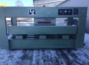 LZ 3000x1350 Presse