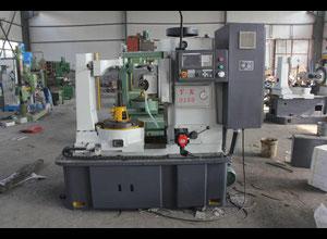 Chongqing Kaku Machinery YK3150 Vertikal Zahnrad-Abwälzfräsmaschinen