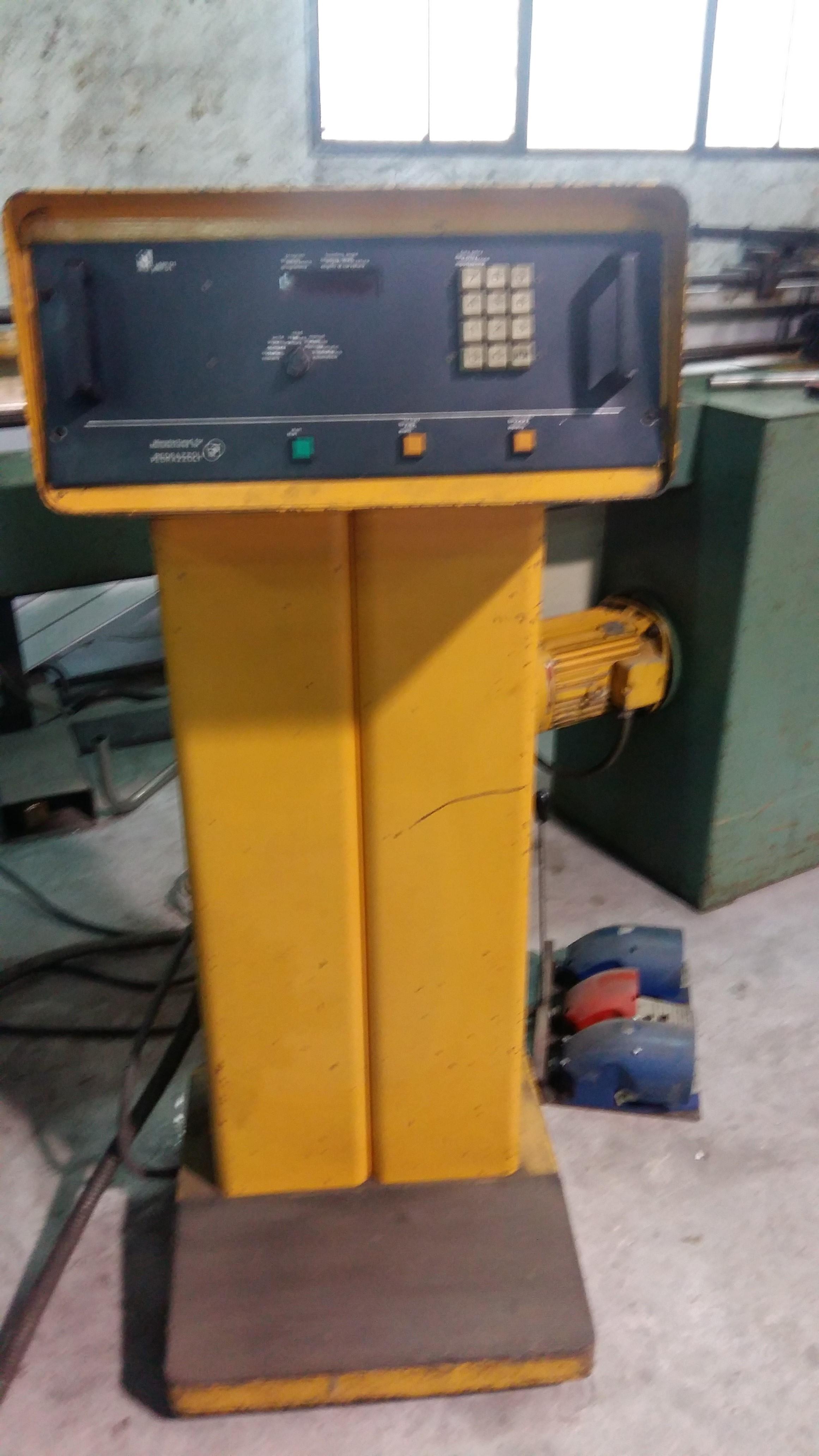 Curvadora de tubo pedrazoli universal brown 32 maquinas de for Curvadora de tubos segunda mano