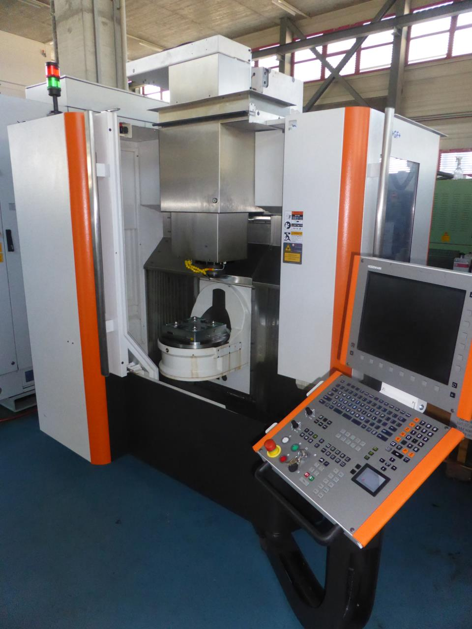 Mikron hpm 450u machining center 5 axis exapro for Milsuite