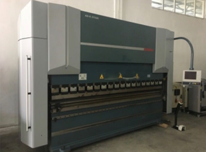 Durma AD-S 37220 Abkantpresse CNC/NC