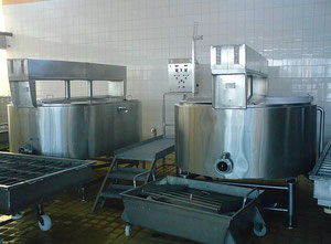 Used Cheese Vats ELT Kft. closed design - 2.500L
