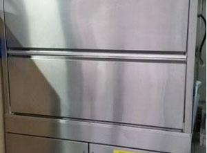 Mycí a sterilizace stroj Hobart UX 60 EB