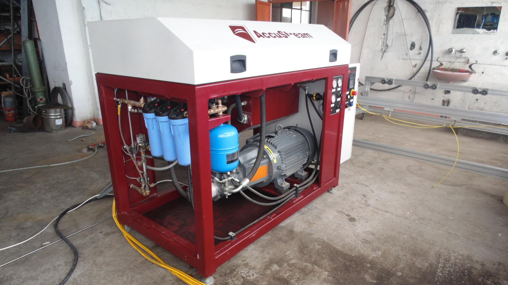 Maquina de corte con agua alta presion waterjet accu - Maquina de agua a presion ...