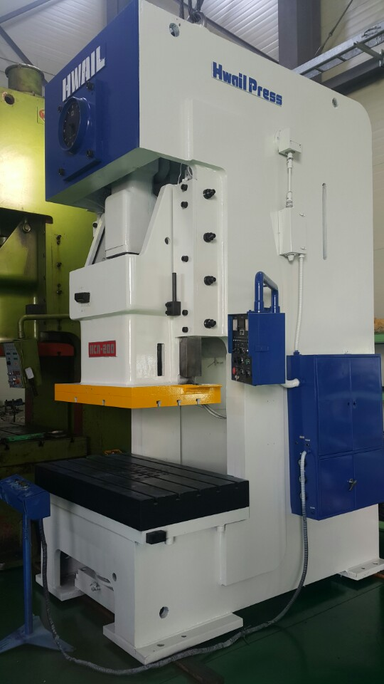 Hwail HCA-200 metal press - Exapro
