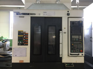 2x Hyundai-Wia i-CUT380TDi Dual Table Tapping center