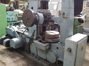 TOS FO 6 Horizontal gear hobbing manual machine