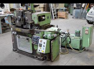 Puntasız silindirik taşlama makinesi Danobat Estarta 301