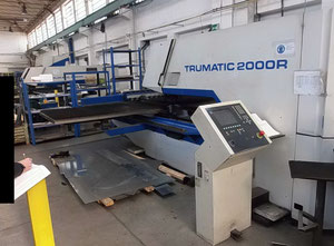 Trumpf TC 2000R Punching machine / nibbling machine with CNC