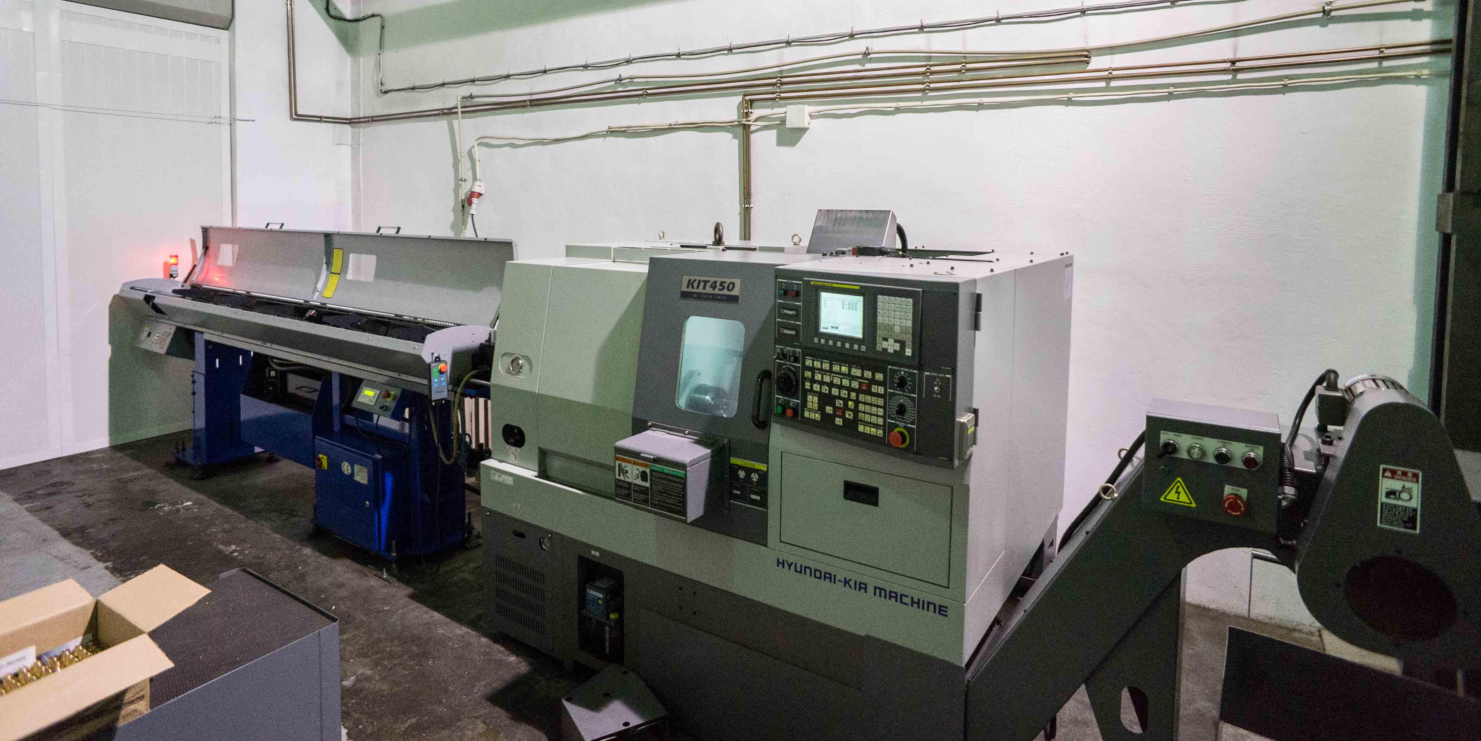 Tornio cnc hyundai kit 450 macchinari usati exapro for Kit tornio