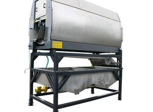 Vegetable and fruit cutting, washing and blanching machine