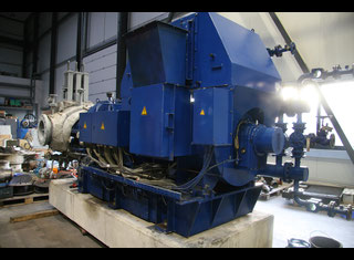 Nadrowski Bielefeld C4DS-GVI P80111090
