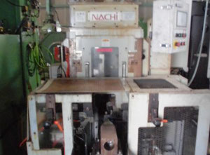 Nachi PFM-300E Machine à rouler les engrenages