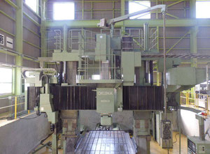 OKUMA MCM25 Floor type boring machine CNC