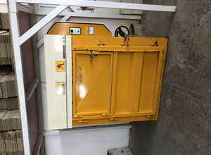 BRAMIDAN VERTICAL BALER model 4-X 16