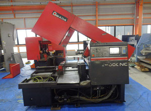 AMADA HFA-400CNC band saw for metal