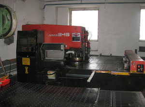 Machine combinée poinçonneuse-laser Amada ARIES 245