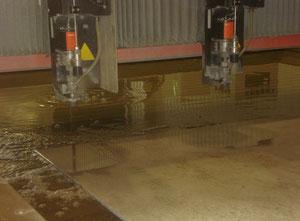 Maquina de corte con agua alta presion Bystronic ByJet Classic L 6030