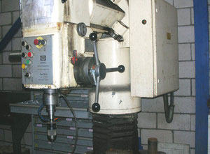 Donau DR32 Radial drilling machine