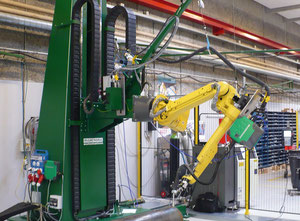 Migatronic FANUC AM 120 IC/10L Industrial robot