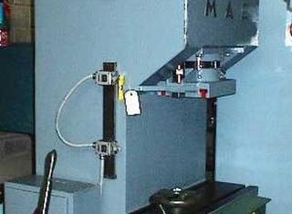 MAE 63 T x 800 P80523022